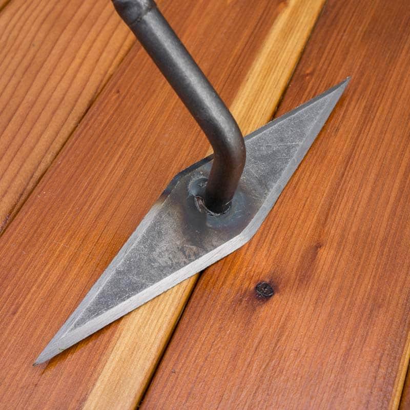 Dewit Diamond Hoe Blade Detail - Best Weeding Tool for medium weeds